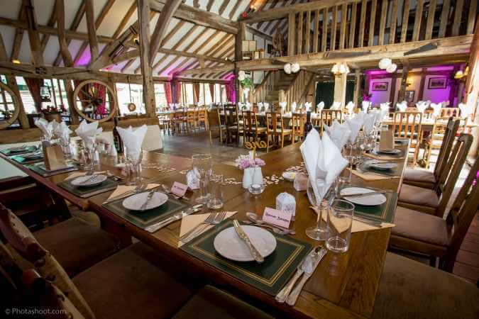 Oak-Barn-Dining